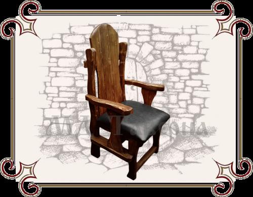Кресло под старину с кожаным сидением