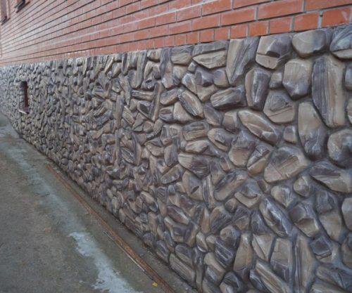 Отделка камнем цоколей